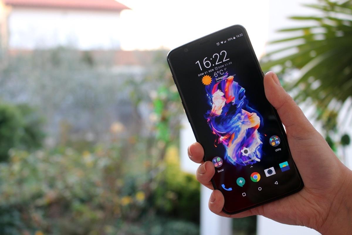 OnePlus 5T sold out, è lo smartphone della casa venduto più velocemente