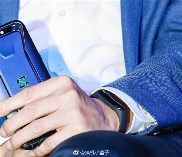 Xiaomi Mi 7, lancio rimandato per problemi al riconoscimento facciale 3D?